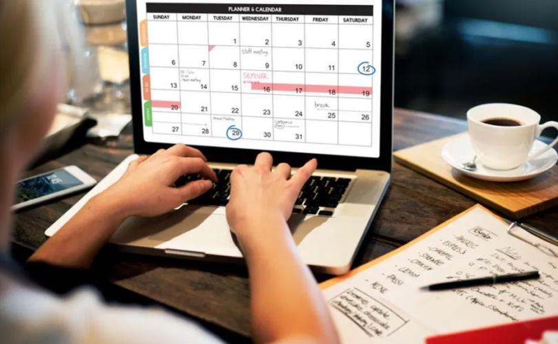 calendrier 2023 excel gratuit jours fériés à imprimer
